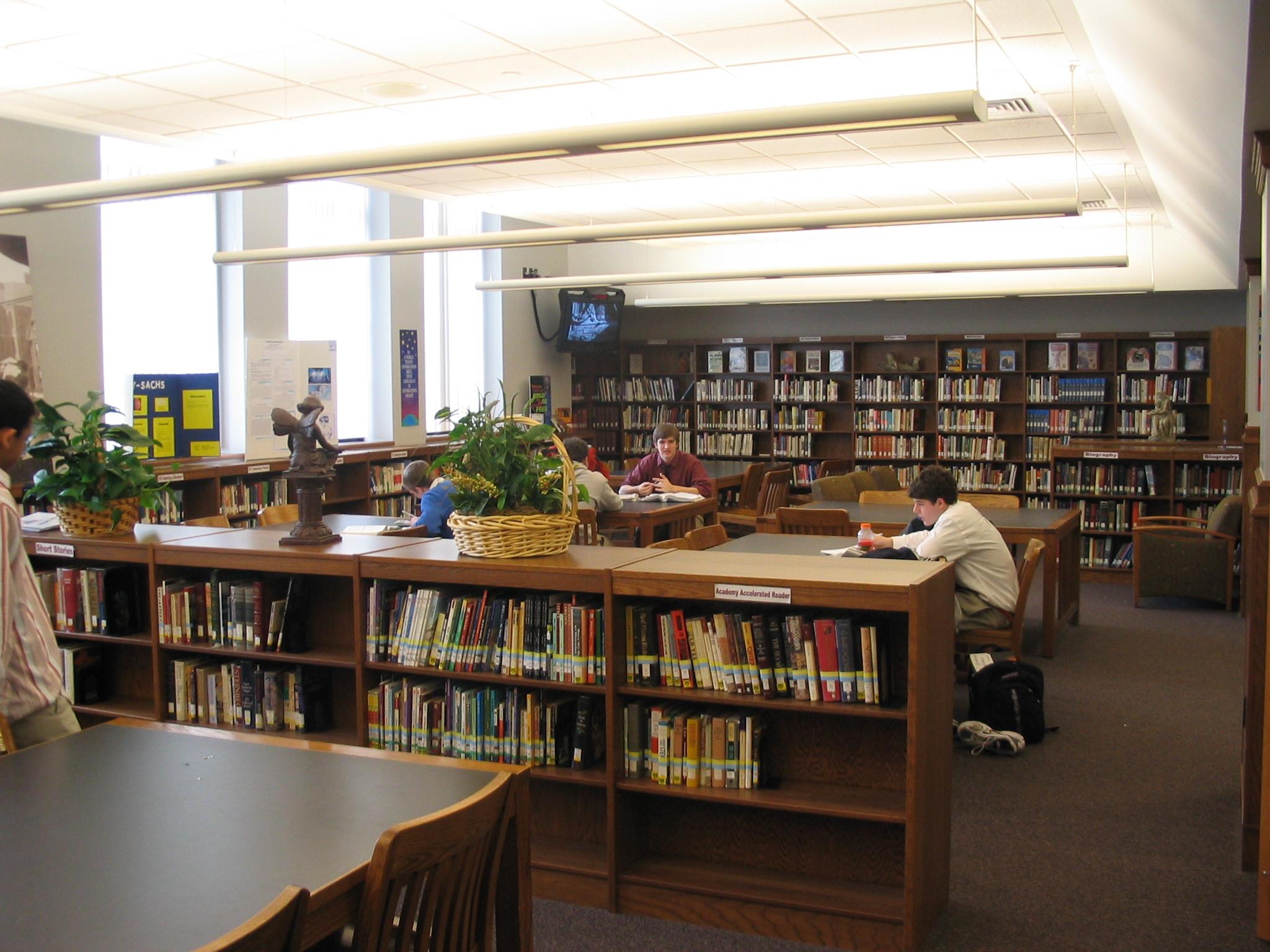 Wisne Library and Technology Center - University of Detroit Jesuit High  School